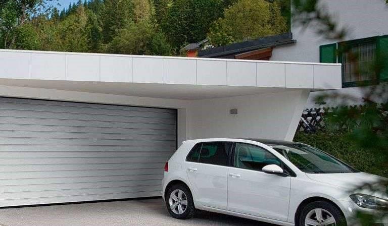 Варианты гаражных ворот
